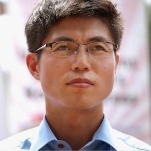 5f5e0-shin-dong-hyuk
